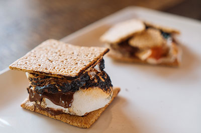 S'moreologist