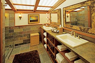 Creekside Camp Tent - Bathroom