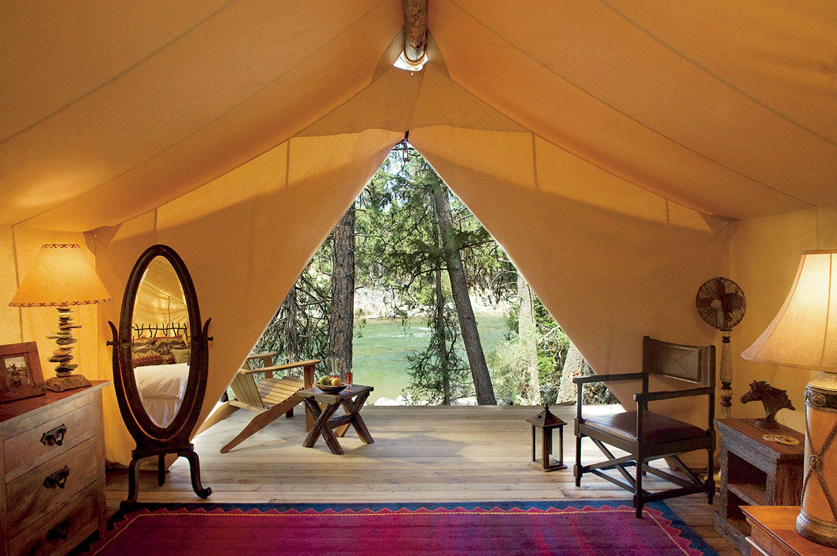 River C& Tent - Interior & Glamping in Luxury Tents - River Camp - The Resort at Paws Up