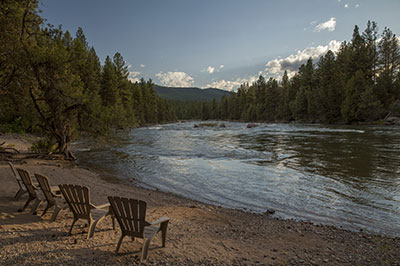 River Camp - Relax on the shore of the Blackfoot River