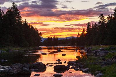 Blackfoot River Lodge - The Blackfoot River